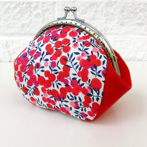 Clippy purse with lovely red Liberty Wiltshire Berry
