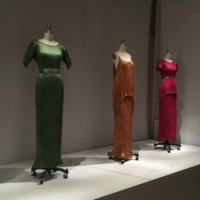 dress pleats2