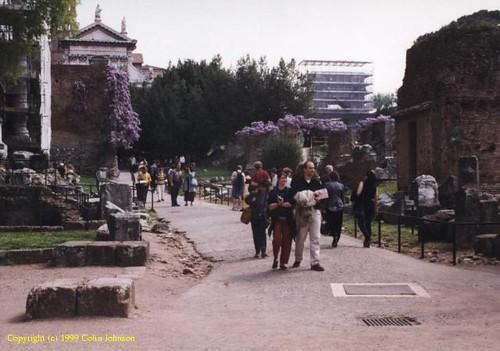 ROMA ARCHEOLOGIA - Il Foro Romano e Arco di Tito: Un'indagine di architettura (1999). by Martin G. Conde