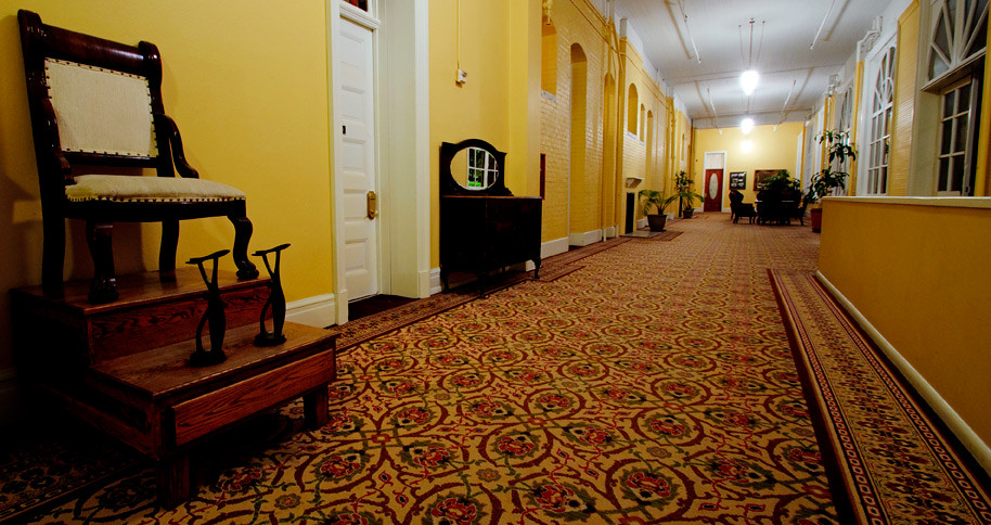 Hallway - Hotel Colorado