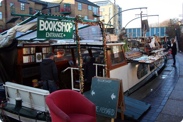 Floating bookshop