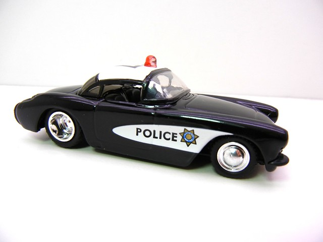jada toys badge city heat '57 chevy corvette police sheriff (2)