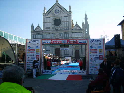 """foto  """"Firenze Marathon 2011- L'Arrivo - The finish line"""" by unpodimondo - Flickr"""