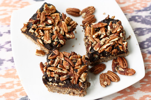 No Bake Pecan Pie Bars - Gluten-free, Raw and Vegan