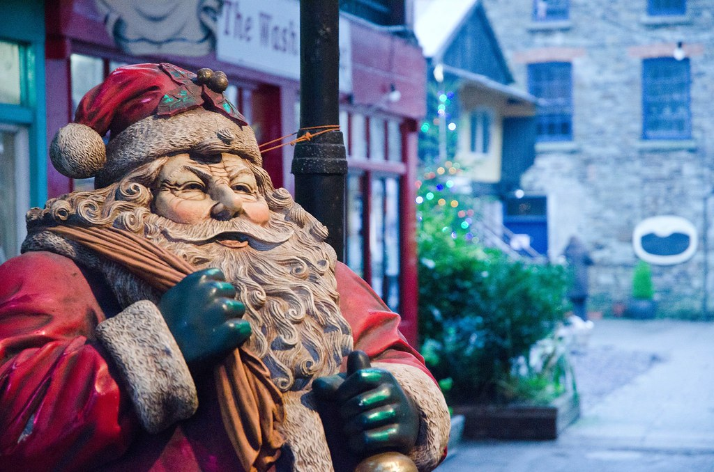 Santa in Spiller's Lane, Clonakilty