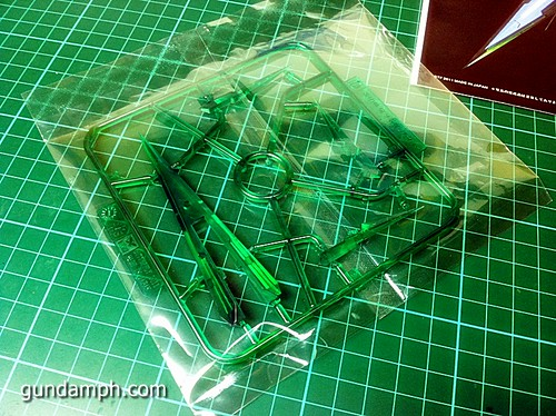 GN Sword 4 IV Full Saber QuanT 1-100 BTF Coversion Kit Unboxing (18)