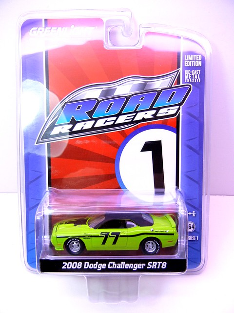 greenlight road racers 2008 dodge challenger srt8 (1)