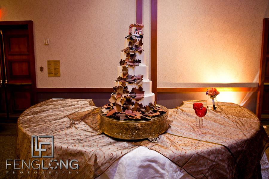 Wedding cake detail | Lindsay & Josh's Wedding | Winters Chapel United Methodist Church & Emory Conference Center Hotel | Atlanta Wedding Photographer