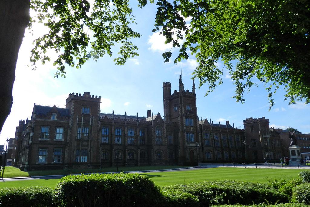 Universidad de la Reina Queen's Belfast Ulster Irlanda del Norte 03