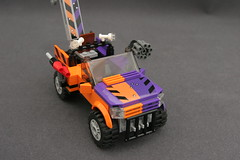 6864 The Batmobile and the Two-Face Chase - Truck 2