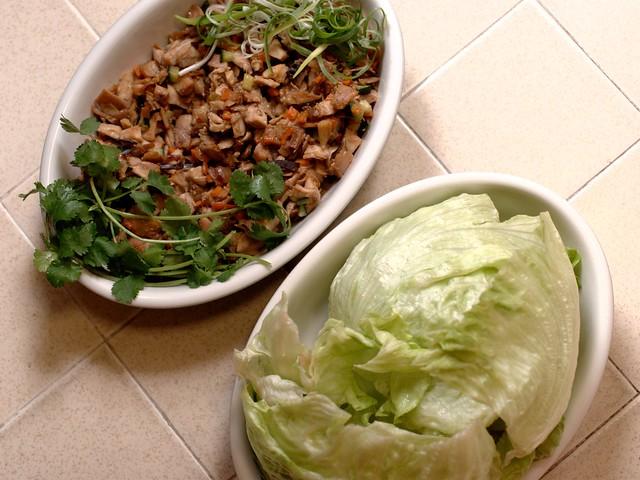 Minced chicken in lettuce wrap