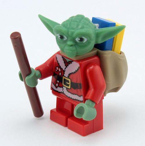 Day 24 - Santa Yoda with Sack & Gifts