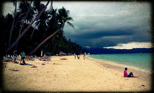 Cloudy Boracay Summer by macoykolokoy