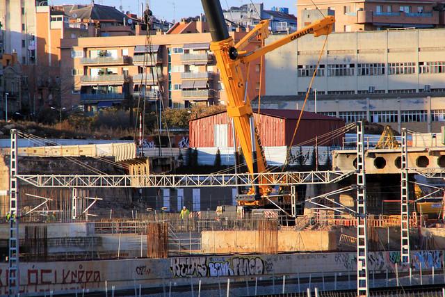 Pont del Treball - Retirada trozo puente - 07-02-12
