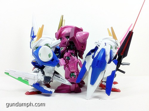 SD Gundam Online Capsule Fighter Trans Am 00 Raiser Rare Color Version Toy Figure Unboxing Review (14)