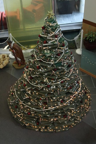 2011 NUC Christmas Tree 8
