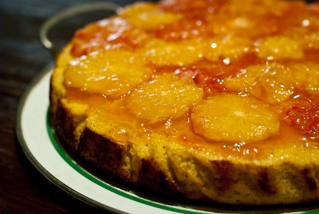 Bloedsinaasappelen moeten op: polentacake en bloedsinaasappelgelei