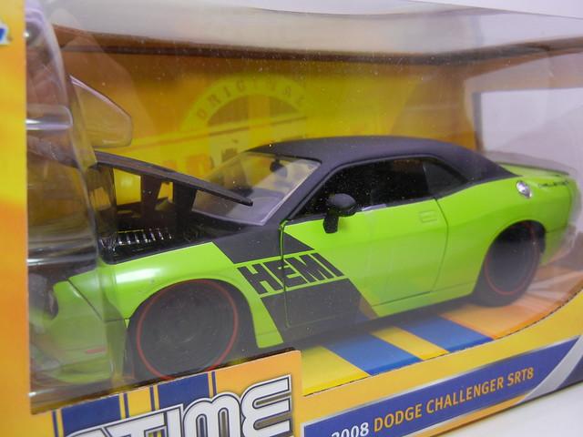 jada toys 2008 dodge challenger srt8 (2)