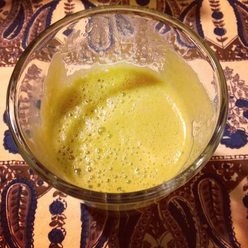 apple juice from juicer