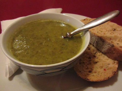 courgette and spinach soup