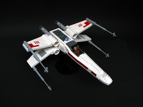 X-Wing by - 2x4 -