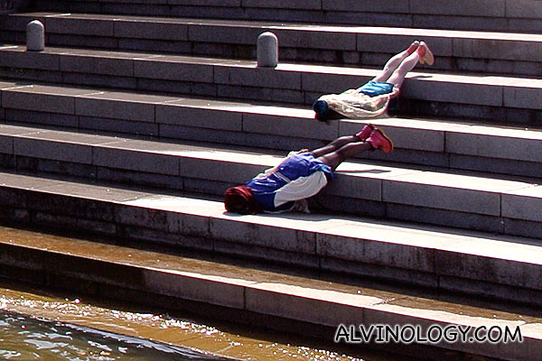 Close-up on the planking duo