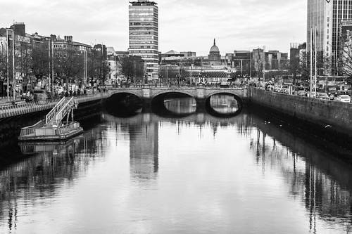 View Of O'Connell Street Bridge by infomatique