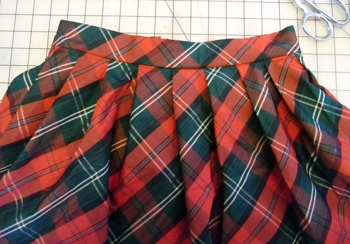 holiday skirt - waistband