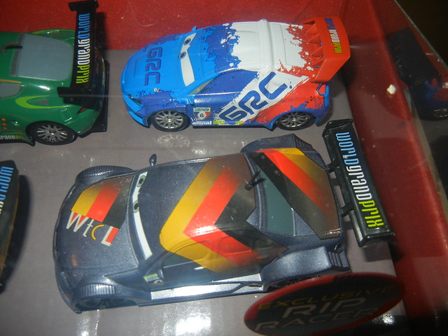 2011 disney store cars 2 20 car set  (4)