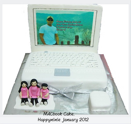 macbook cake