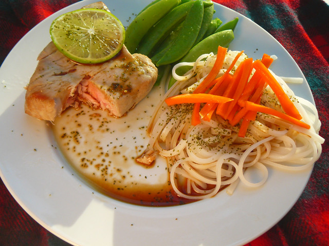 Breakfast: Salmon, veggies and noodles