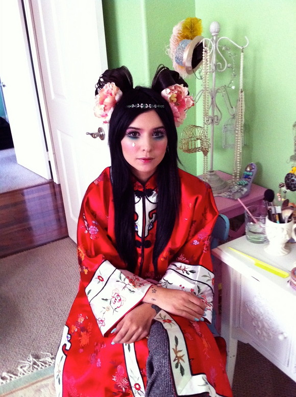 China Doll - Behind The Scenes (2)