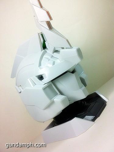 Banpresto Gundam Unicorn Head Display  Unboxing  Review (47)