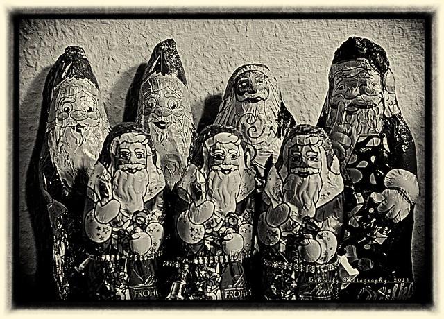 #354/365 Santa Claus: Group Photo