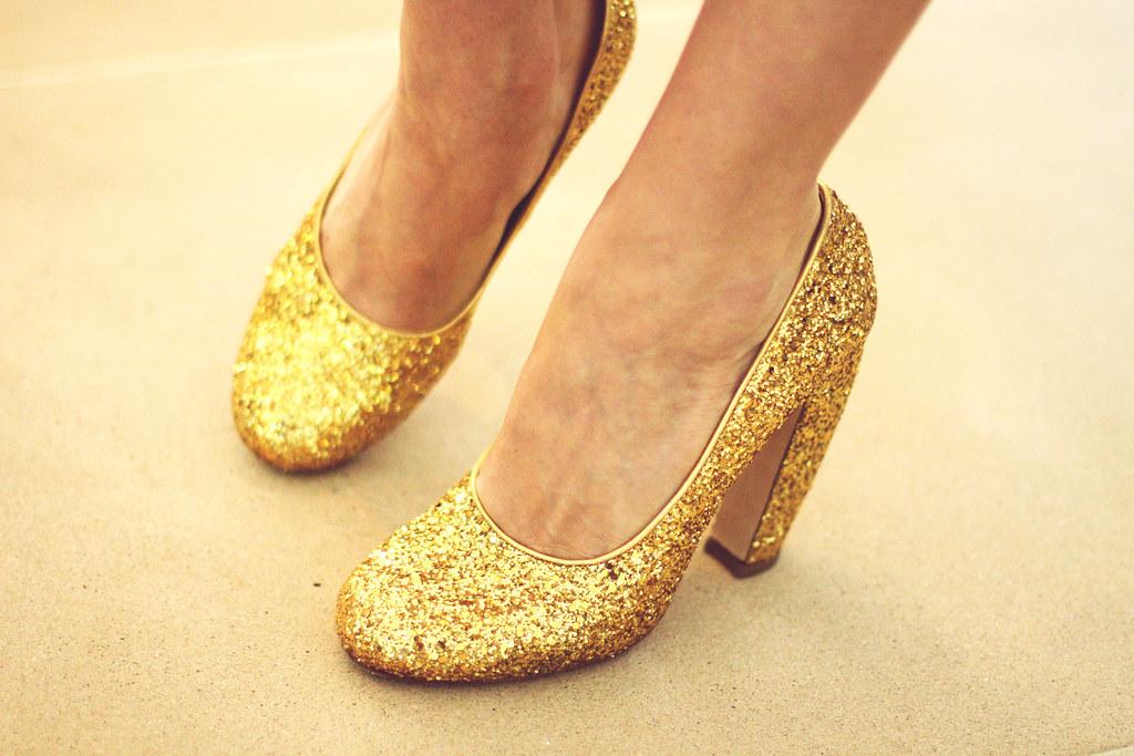 SSFlickerShoes2