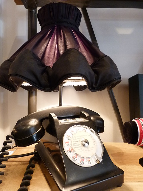 Gab & Jo boudoir phone lamp