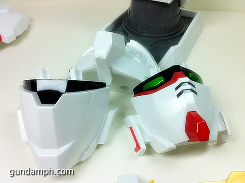 Banpresto Gundam Unicorn Head Display  Unboxing  Review (37)