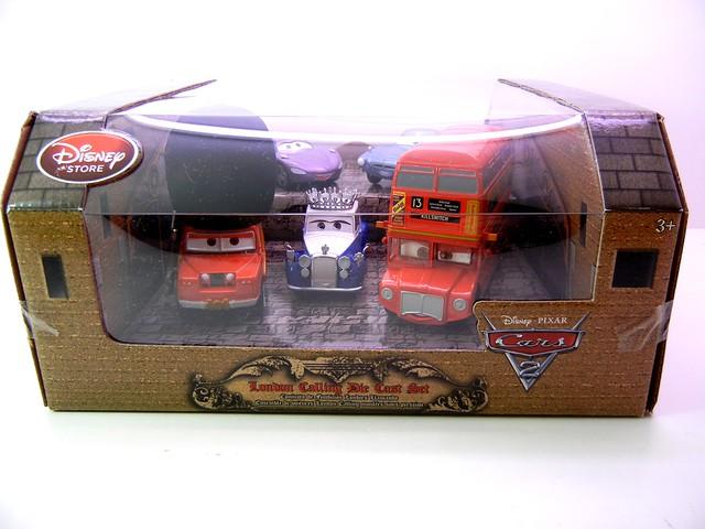 DISNEY STORE CARS 2 LONDON CALLING DIECAST SET (1)