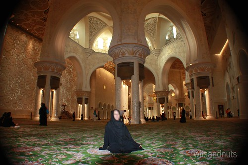 Main hall in Sheikh Zayed Grand Mosque. It is open to all non-Muslims & nationalities