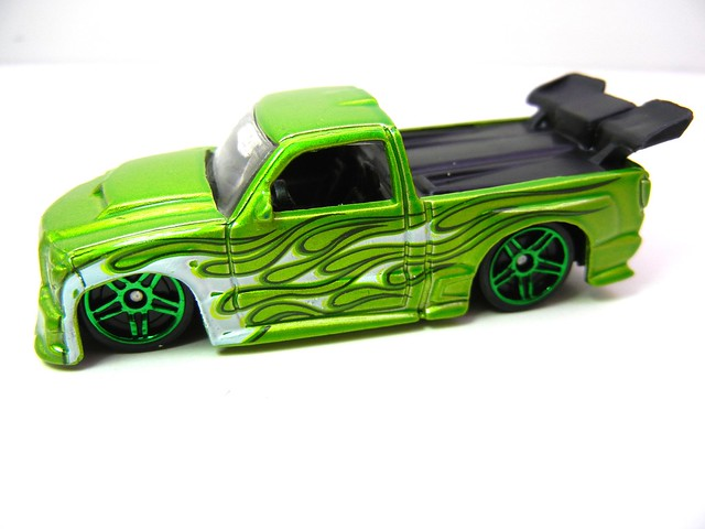 hot wheels holiday 8 packs (20)
