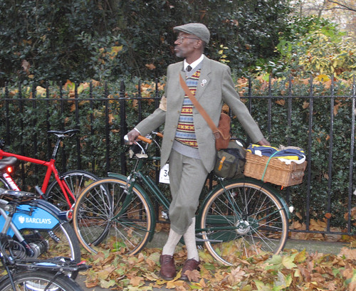Tweed Run NovC 2011 (21)