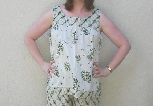 Kwik Sew 3595 pyjama top