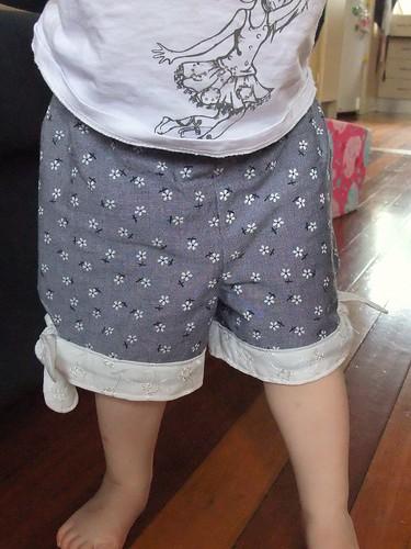 Knot Shorts 7