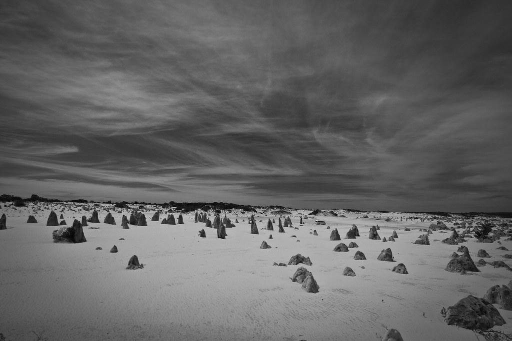 pinnacles, western australia
