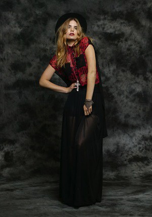 Fall:Winter 2011 Collection - Promotional Photo (7)