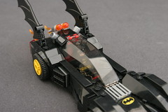 6864 The Batmobile and the Two-Face Chase - Batmobile 13