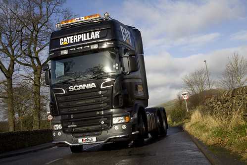 Ascroft Transport Scania V8 R560 in CATERPILLAR LIVERY
