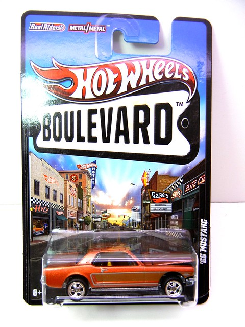 hot wheels boulevard '65 ford mustang (1)