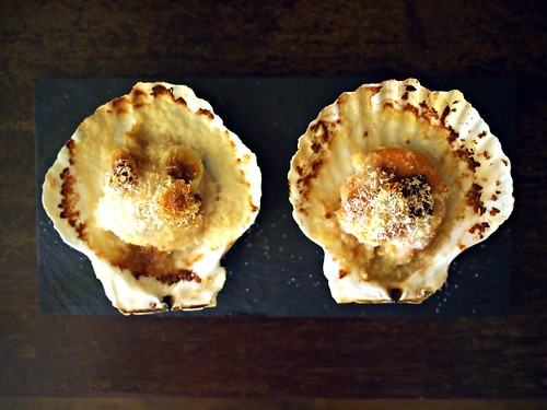 Grilled scallops - hotate with Japanese mayo, miso and panko