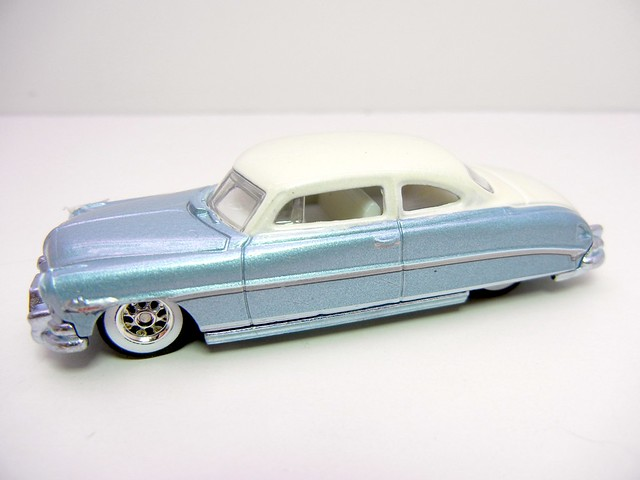 HOT WHEELS BOULEVARD '52 HUDSON HORNET (2)